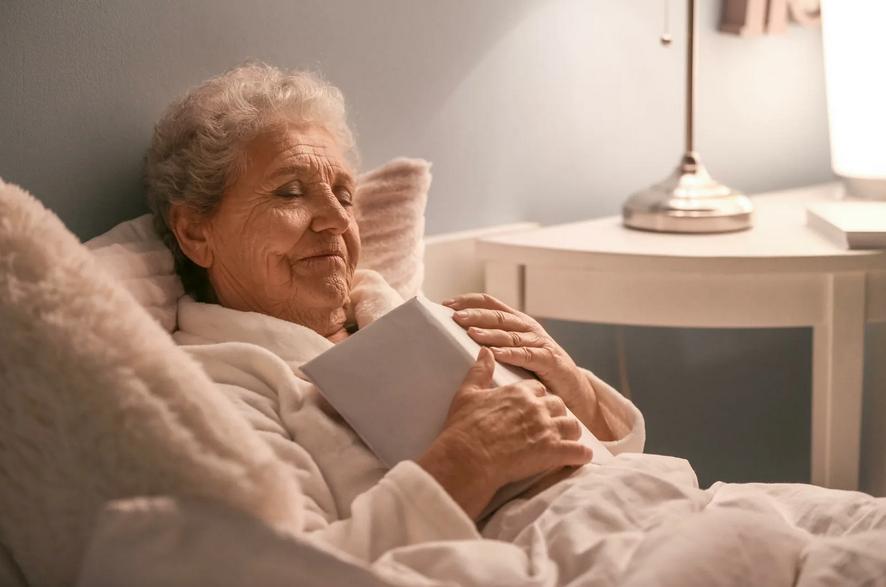Бабушка была тираном и испортила все детство, ухаживать за ней нет желания