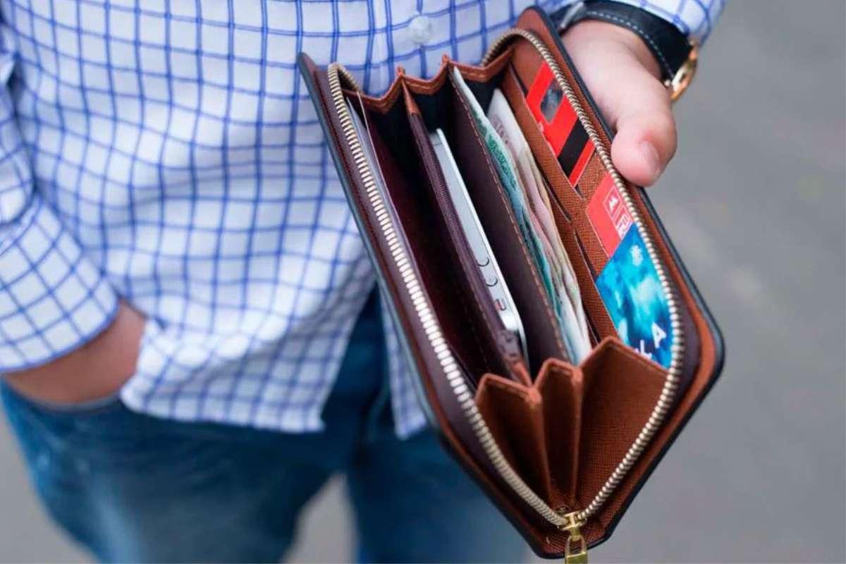 Бюджет в семье раздельный, но за все платит муж