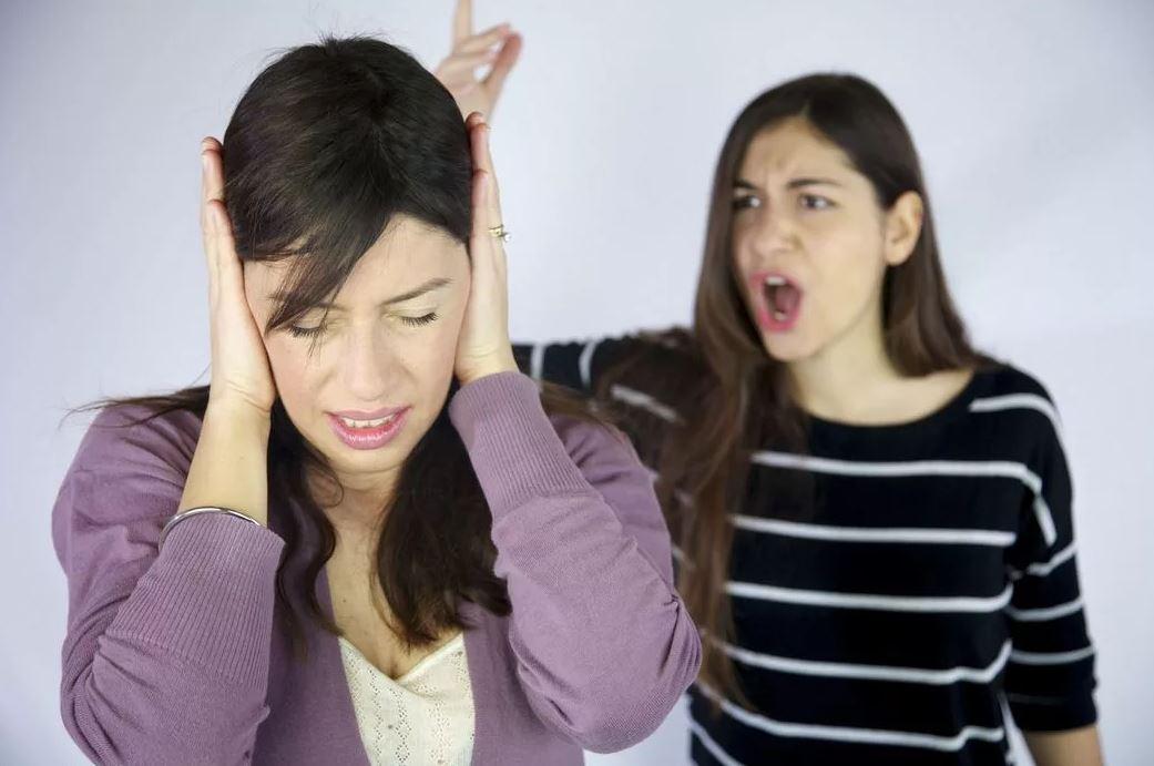 «Как можно отстать от сестры, если родители просили за ней присмотреть? Я за нее отвечаю!»