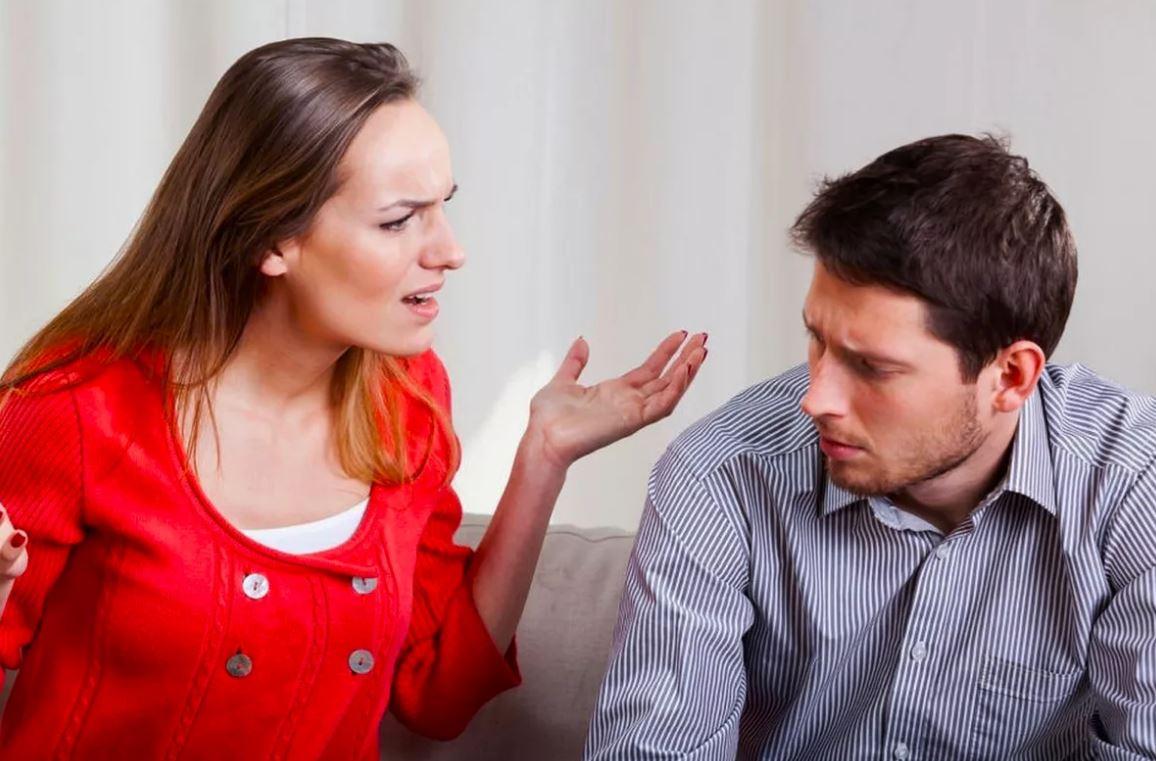 Невестка скандалит и обижается, что сын мало зарабатывает. Была бы сама идеальная, так нет ведь!