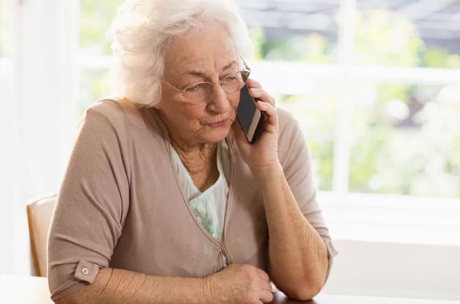 Перечислила бывшей невестке денег на подарок внучке, а она вместо подарка купила еды: «У меня трудные времена»