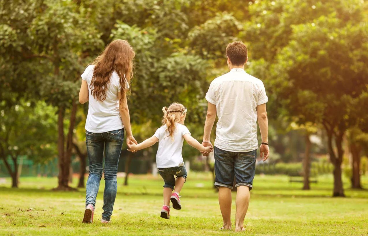 «Прежде чем знакомить ребенка со своей подругой, спроси разрешения у меня!» – заявляет бывшая жена