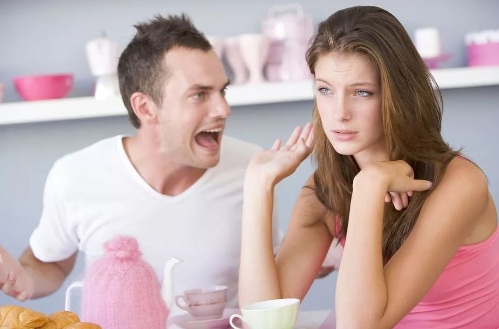 Решила посмотреть реакцию парня: «А вдруг у нас будет ребенок?..»