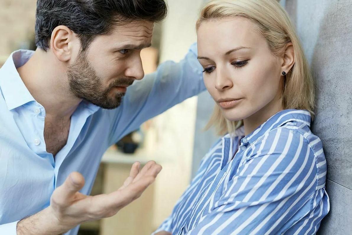 Рожать второго ребенка не хочет, но муж требует, угрожая разводом. «Разводиться не могу, сына одна не вытяну!»