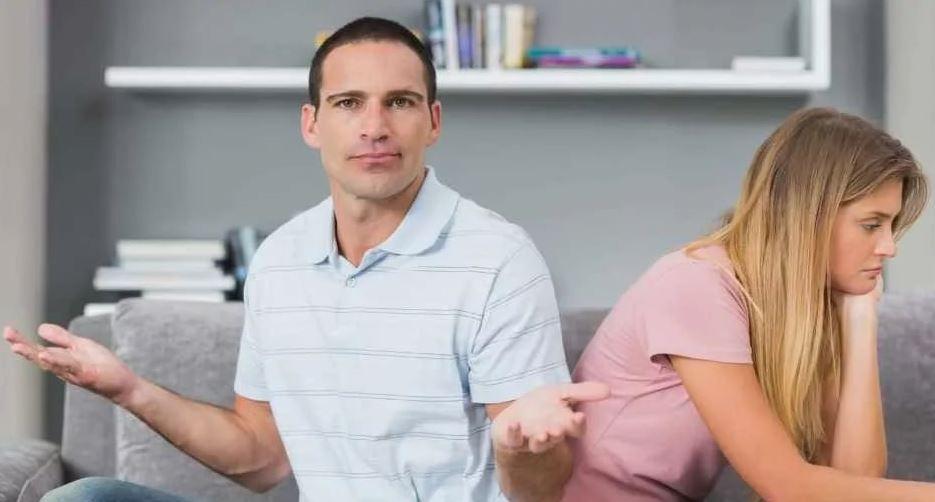 «Ты же поделишь наследство пополам?» - спрашивает у сестры брат, не общавшийся с родителями много лет после ссоры