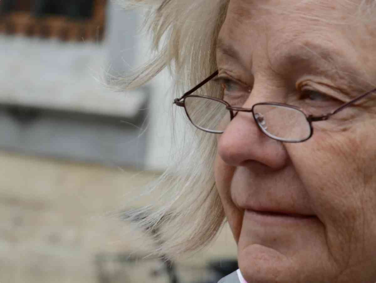 Жила за счет дочери, пенсию не тратила, а в трудной ситуации помогать не хочет
